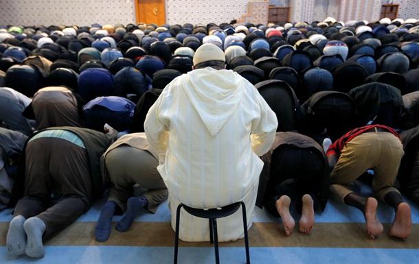 Франция за неделю закрыла три мечети