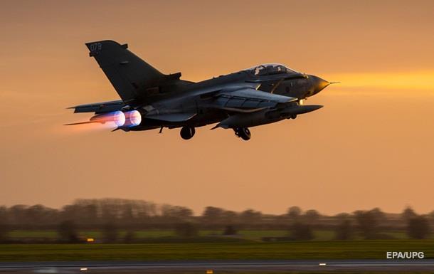 Британия отправит еще восемь самолетов в Сирию