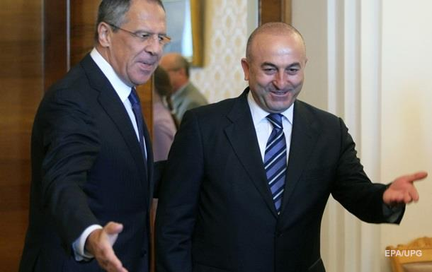 Главы МИД РФ и Турции обсудили инцидент с Су-24