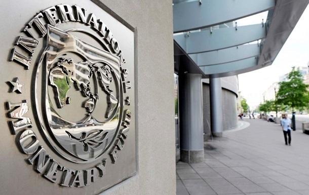 МВФ видит риски в сотрудничестве с Украиной