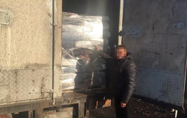 В зоне АТО задержали грузовики с мясом и электроприборами