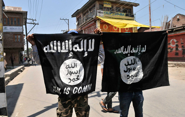 ИГИЛ работает над оружием массового поражения - ЕП