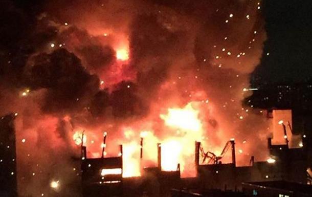 В Москве потушили крупнейший за 25 лет пожар