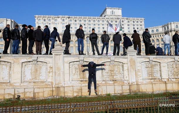 Разгневанные пастухи прорвались к парламенту Румынии