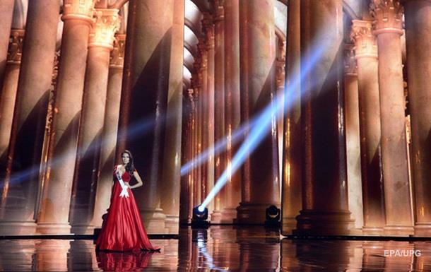 Участниц Мисс Вселенная 2015 показали без макияжа