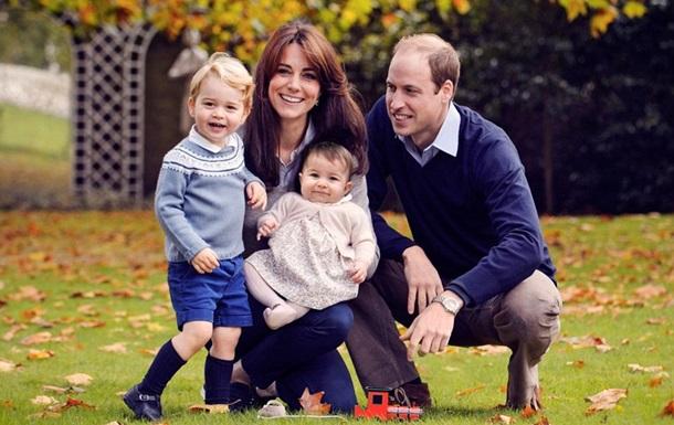 Британская королевская семья показала Рождественское фото