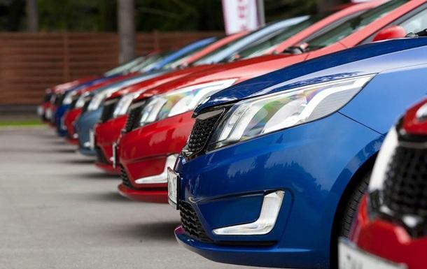 Зростання продажу за програмою придбання автівок у групах  АвтоТак  восени