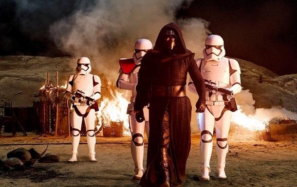 Новые  Звездные войны  бьют рекорды сборов