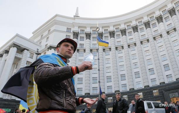Депутаты Ивано-Франковска потребовали отставки Кабмина