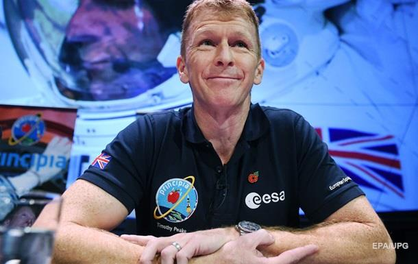 Астронавт Тим Пик ошибся номером, позвонив из космоса