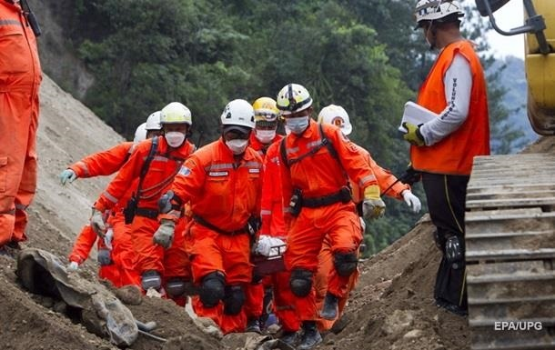 В Мьянме оползень унес жизни пятерых шахтеров