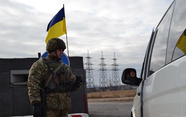 На границе Украины и Польши увеличивается очередь из автомобилей