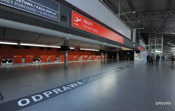 В Варшаве эвакуировали аэропорт из-за угрозы теракта