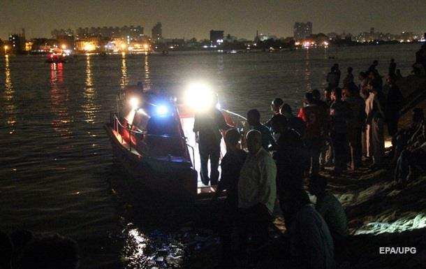 В Египте затонул паром: не менее 18 погибших