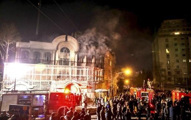 Погром посольства в Иране: арестованы 40 человек