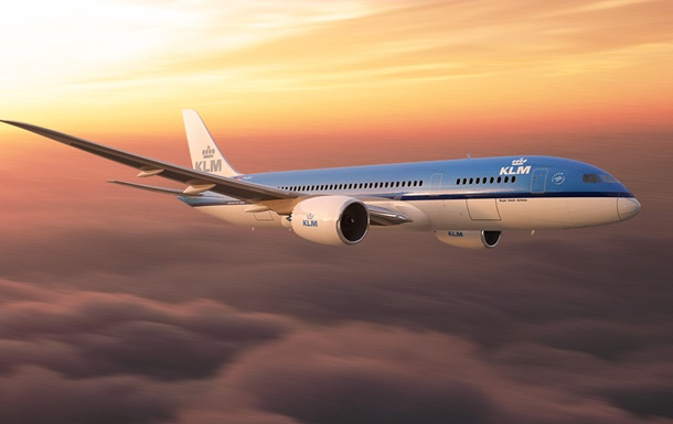 Пассажир ранил второго пилота на рейсе Амстердам-Пекин