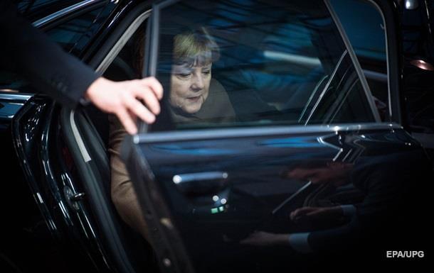 В офисе Меркель нашли подозрительную посылку