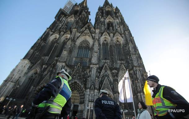Нападения в Кельне: 18 из 31 подозреваемого – беженцы
