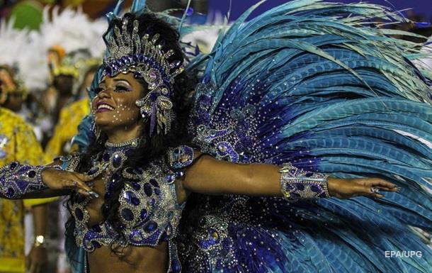 У Бразилії масово скасовують карнавал