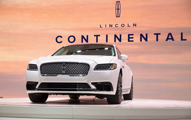 седан Lincoln Continental 2017