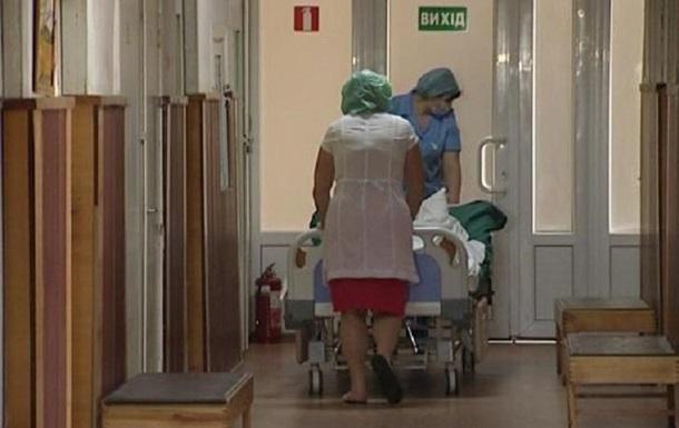 Койки в коридоре. В Харькове госпиталь переполнен бойцами АТО