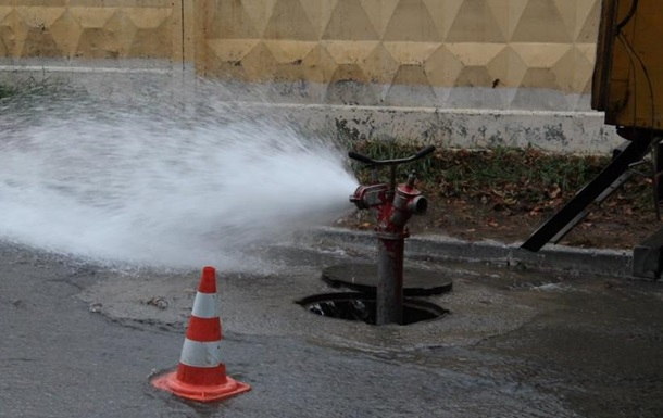 На столичной Оболони из-за аварии почти 50 домов остались без тепла