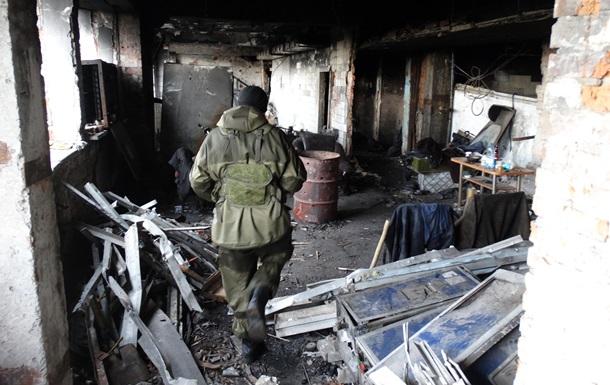 Сталкер  в Донецке. Новые фото остатков аэропорта