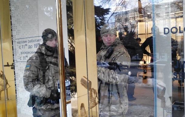 В элитной сети бутиков Харькова проводят обыски - СМИ