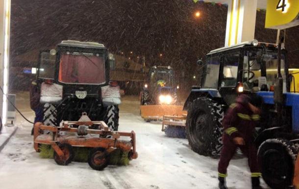 Снігопад у Києві: столицю закрили для вантажівок