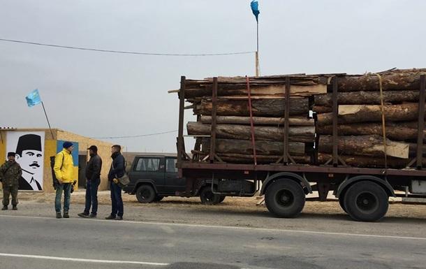 Участники блокады Крыма сняли все блокпосты