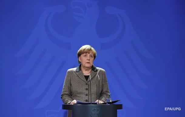 Рейтинг Ангелы Меркель рекордно упал – опрос