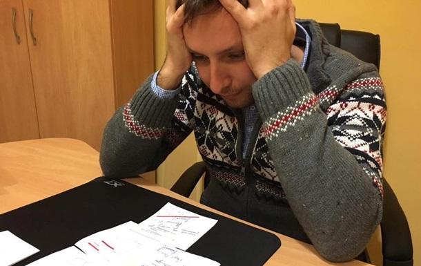 Полиция оштрафовала Парасюка за езду без прав