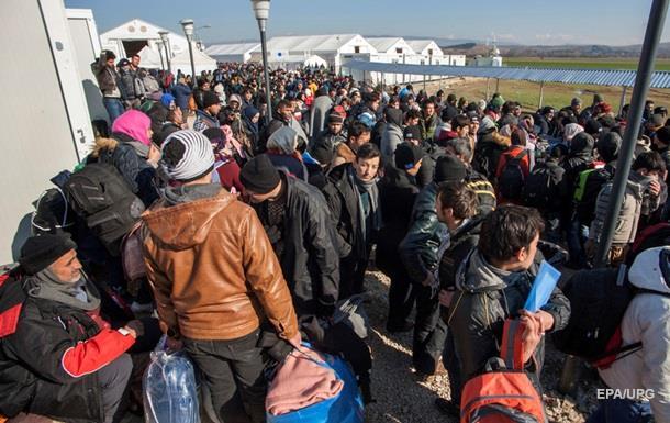 В Польше собирают подписи за референдум против мигрантов