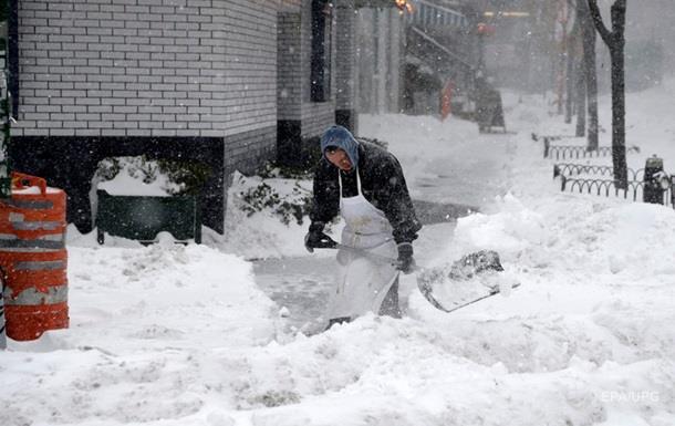 Растет число погибших от снежной бури в США