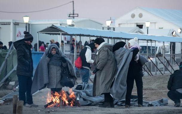 Австрия и Германия призвали Грецию усилить охрану границ ЕС