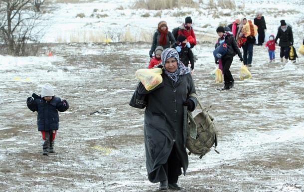 Финские власти обеспокоены скоплением мигрантов на границе с РФ