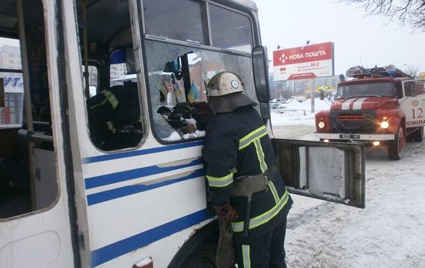 На Черкащине загорелась маршрутка с 40 пассажирами