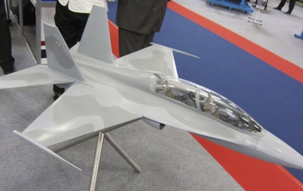 Польща розробляє військовий літак з українським двигуном