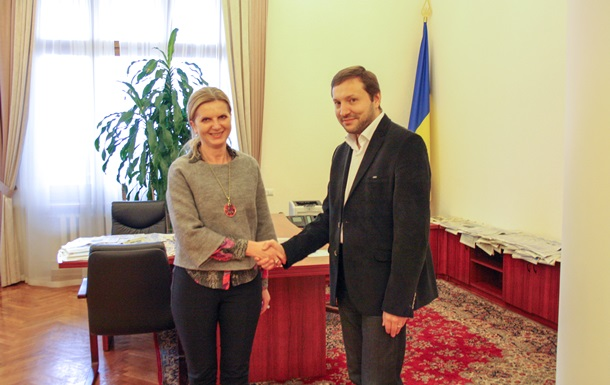 Словения передала Украине телепередатчики для зоны АТО