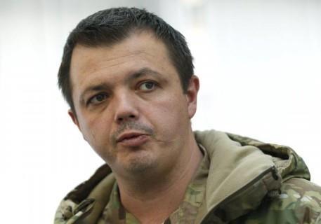 Прокуратура расследует дело о незаконном получении Семенченко воинского звания