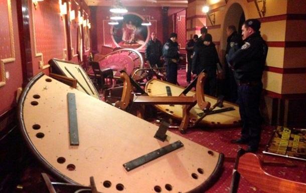 В Запорожье активисты разгромили казино - СМИ
