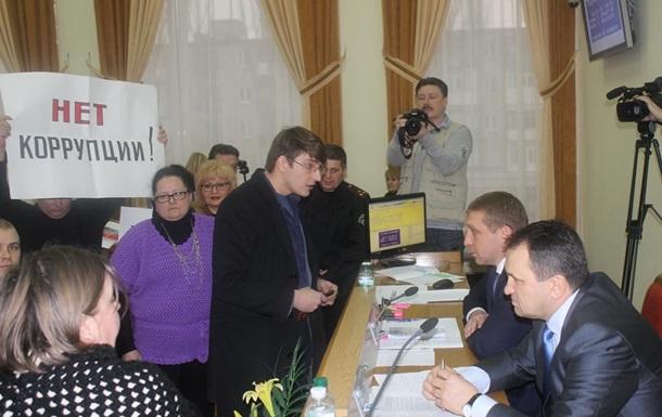 Міський голова Кременчука порушує закон
