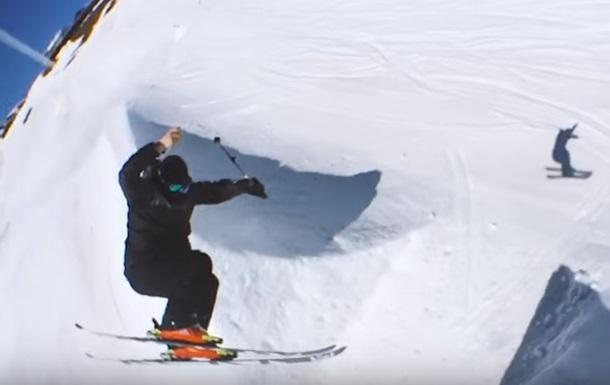 Горнолыжник снял видео в стиле  Матрицы  на iPhone