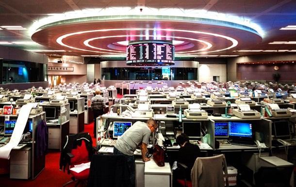 Індекс Гонконгської фондової біржі впав при відкритті на 4%