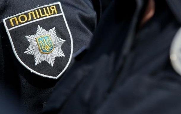 Полицейские со стрельбой задержали автомобиль на Львовщине
