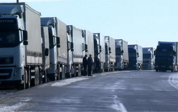 По всій Росії заборонили рух українських фур