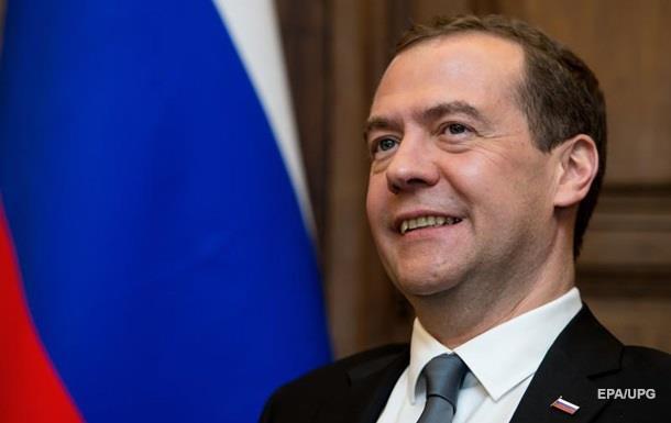 Медведев: Вопрос Крыма решен навсегда