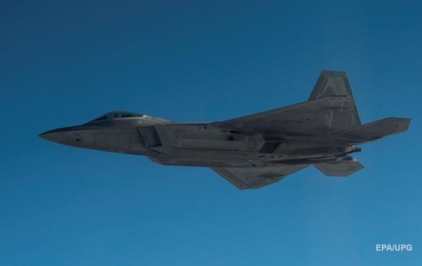 Американські винищувачі F-22 прибули до Південної Кореї