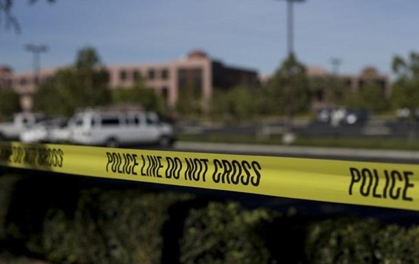Apple обязали помочь во взломе телефона стрелка из Сан-Бернардино