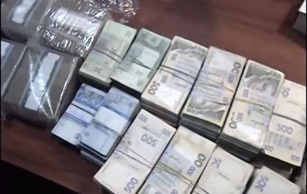 В Днепропетровске накрыли незаконный обменник